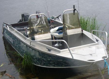 Лодка Fishline